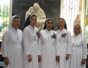 Final Profession w Sr Robertin and Sr Regina
