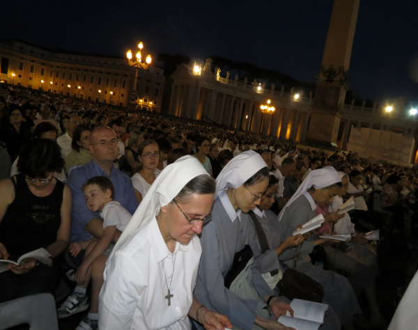Prayer Vigil.  St. Peters Square, Sep. 7, 2013 (10)