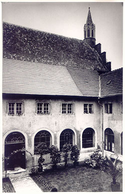 1855 Kreuzgang, which is the cloister of St. Annatal in 1855