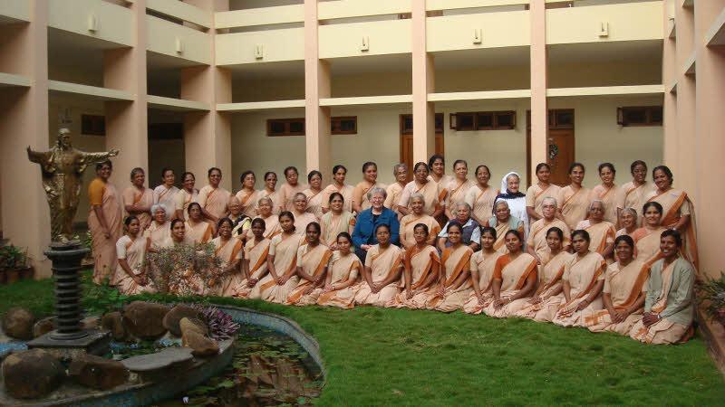 20140114_India_Bangalore_Visitation_04_w800
