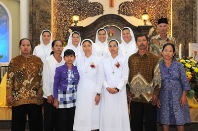 20140117_Indonesia_First-Vows_02
