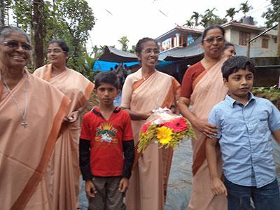 20140818_Patna_Thrikkaipetta-mission_02_w400