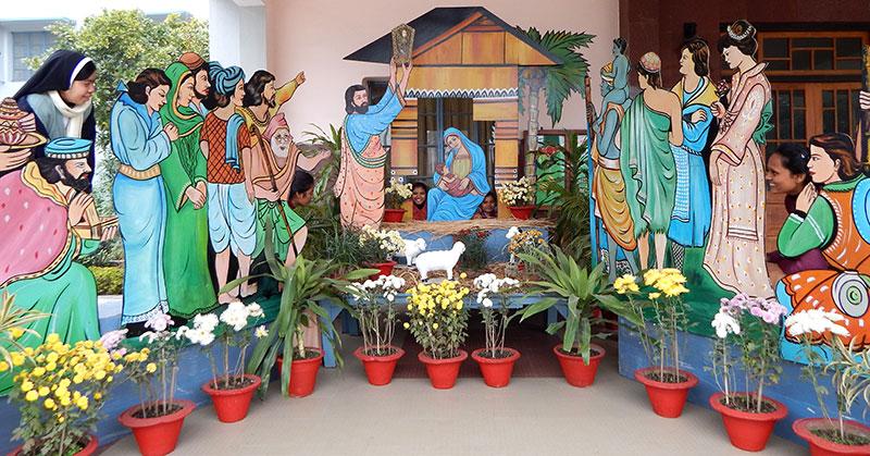 2014_Patna_crib_w800