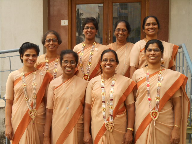 Silver Jubilarians:   First Row: Sister Mary Sonia, Alka, Lucy, Top Row: Srs. M. Rochna, Nirmal, Karuna