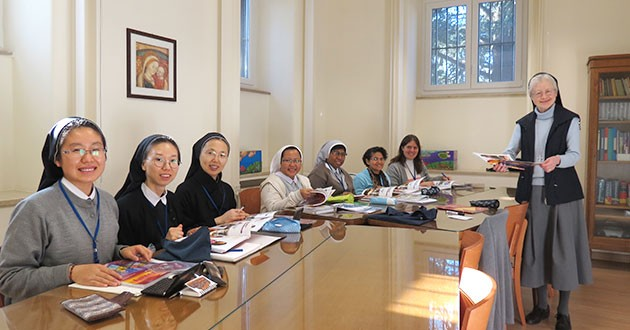 English Language Program begins again! Motherhouse, Rome