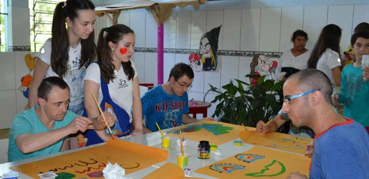 Soliday Youth visits APAE students in Carazinho, Passo Fund, Brazil