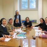이태리 로마 모원 공동체의 새 언어학교 학생들