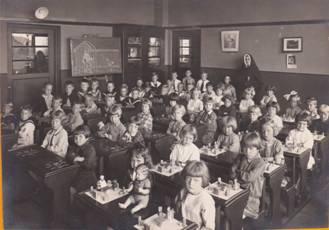 1929 The kindergarten