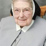 <!--:en-->Sister Mary Immaculee  <!--:--><!--:de-->SchwesterMary Immaculee<!--:--><!--:pt-->Irmã Mary Immaculee <!--:--><!--:ko-->메리 이마큘레 수녀<!--:-->