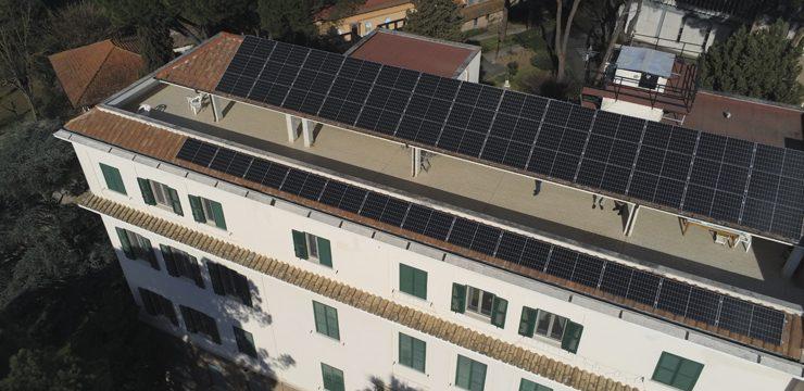 Die Fotovoltaikanlage im Mutterhaus