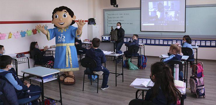 Pandemi Covid 19 dan Pendidikan: Tantangan dan Peluang, Passo Fundo, Brazil